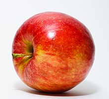 https://upload.wikimedia.org/wikipedia/commons/thumb/1/15/Red_Apple.jpg/220px-Red_Apple.jpg